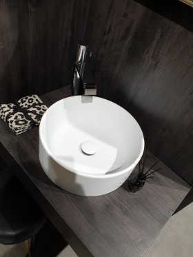 lavabo circus en solid surface blanco mate