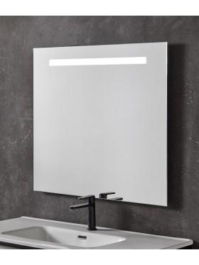 detalle del espejo rectangular con iluminación led