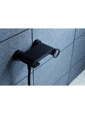Detalle grifo ducha Negro Olimpo Imex