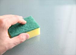 Limpiar plato de ducha de resina